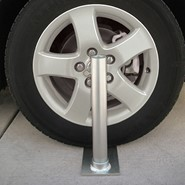 Flagpole To Go Tailgate Wheel Stand